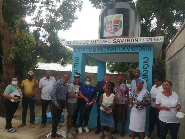 Ayuntamiento De La Victoria Inauguró Un Sistema De Abastecimiento De Agua En La Sección Los Mercedes